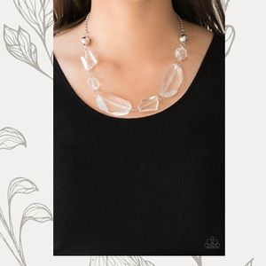 Paparazzi Clear Necklace and earring duo